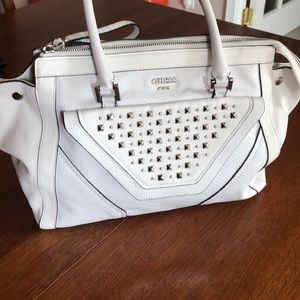 White large Guess shoulder bag w silver features